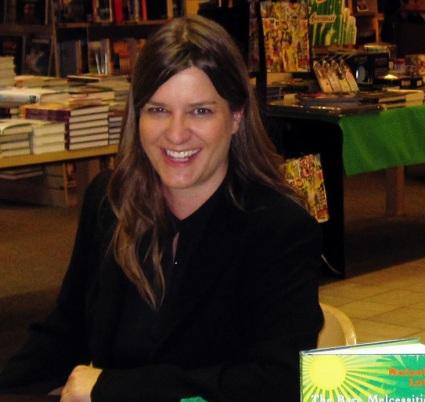 Melanie Lutz In Store